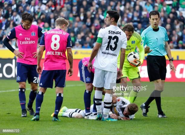 sports football Bundesliga 2016/2017 Borussia Moenchengladbach versus Hamburger SV 00 Stadium Borussia Park Andre Hahn injured by a collision with...
