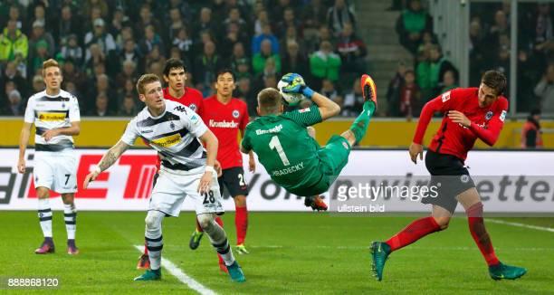 sports football Bundesliga 2016/2017 Borussia Moenchengladbach versus Eintracht Frankfurt 00 Stadium Borussia Park scene of the match fltr Patrick...
