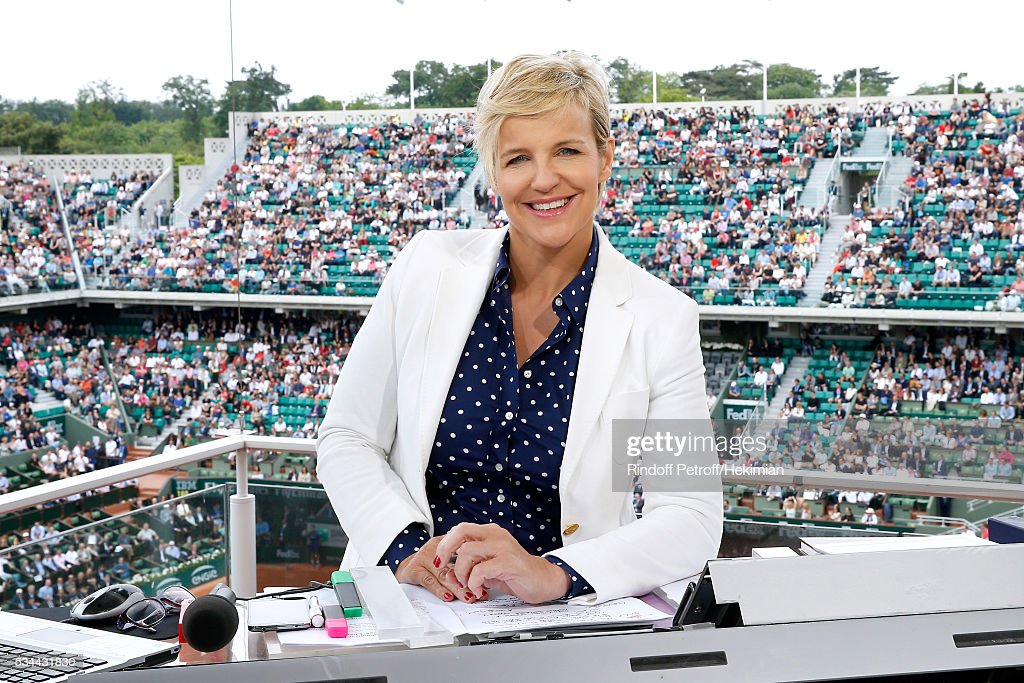 Sports journalist Celine Geraud poses at France Television french chanel studio during the 2016 French Tennis Open - Day Three at Roland Garros on May 24, 2016 in Paris, France.