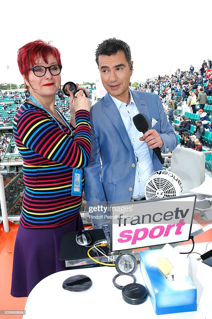 Sports journalist Laurent Luyat poses at France Television french chanel studio during the 2016 French Tennis Open - Day Three at Roland Garros on May 24, 2016 in Paris, France.