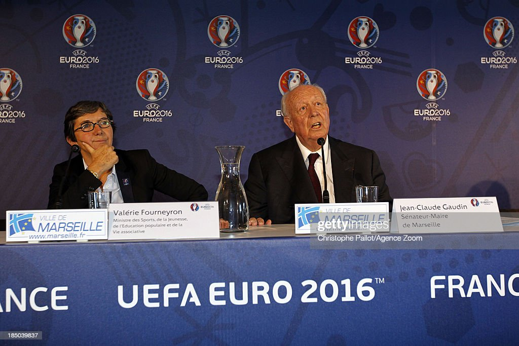 Sports Minister Valerie Fourneyron (L) and the mayor of Marseille Jean Claude Gaudin during the EURO 2016 Steering Committee Meeting, on October 17, 2013 in Marseille, France.