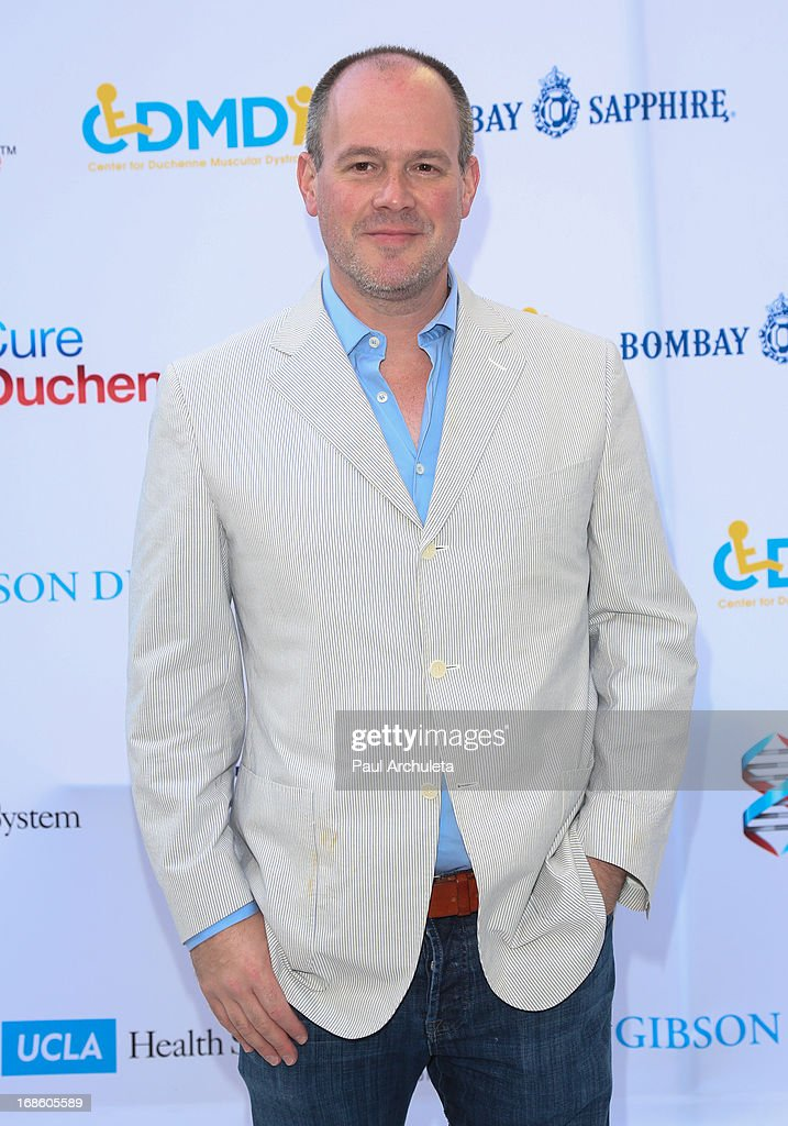 Sports Reporter Rich Eisen attends the 2013 Duchenne Gala at Sony Pictures Studios on May 11, 2013 in Culver City, California.