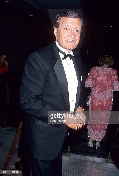Sportscaster Chick Hearn attends the Athletes Entertainers for Kids' AllStar Tribute to Kareem AbdulJabbar on April 24 1989 at the Century Plaza...