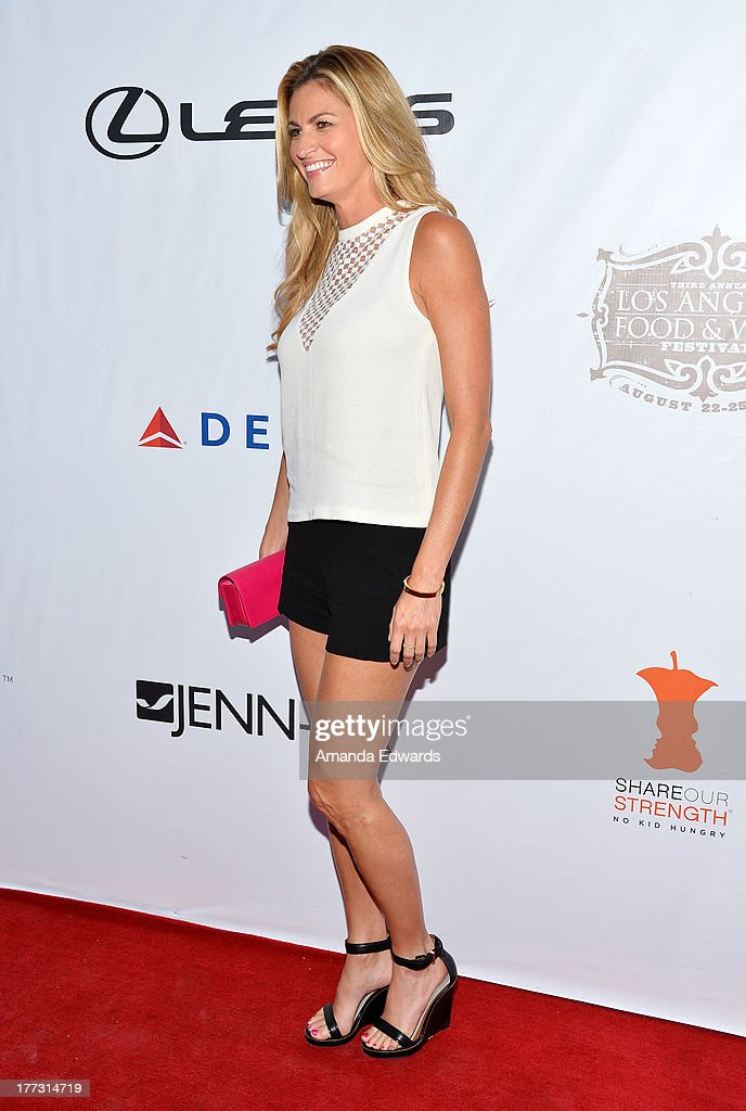 Sportscaster Erin Andrews arrives at the opening night of the 2013 Los Angeles Food & Wine Festival - 'Festa Italiana With Giada De Laurentiis' on August 22, 2013 in Los Angeles, California.