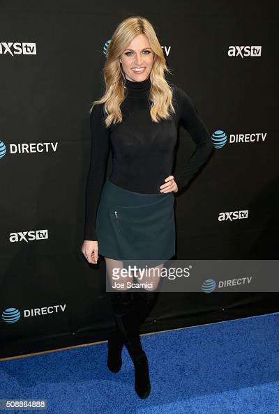 Sportscaster Erin Andrews attends DirecTV Super Saturday Night Cohosted by Mark Cuban's AXS TV at Pier 70 on February 6 2016 in San Francisco...