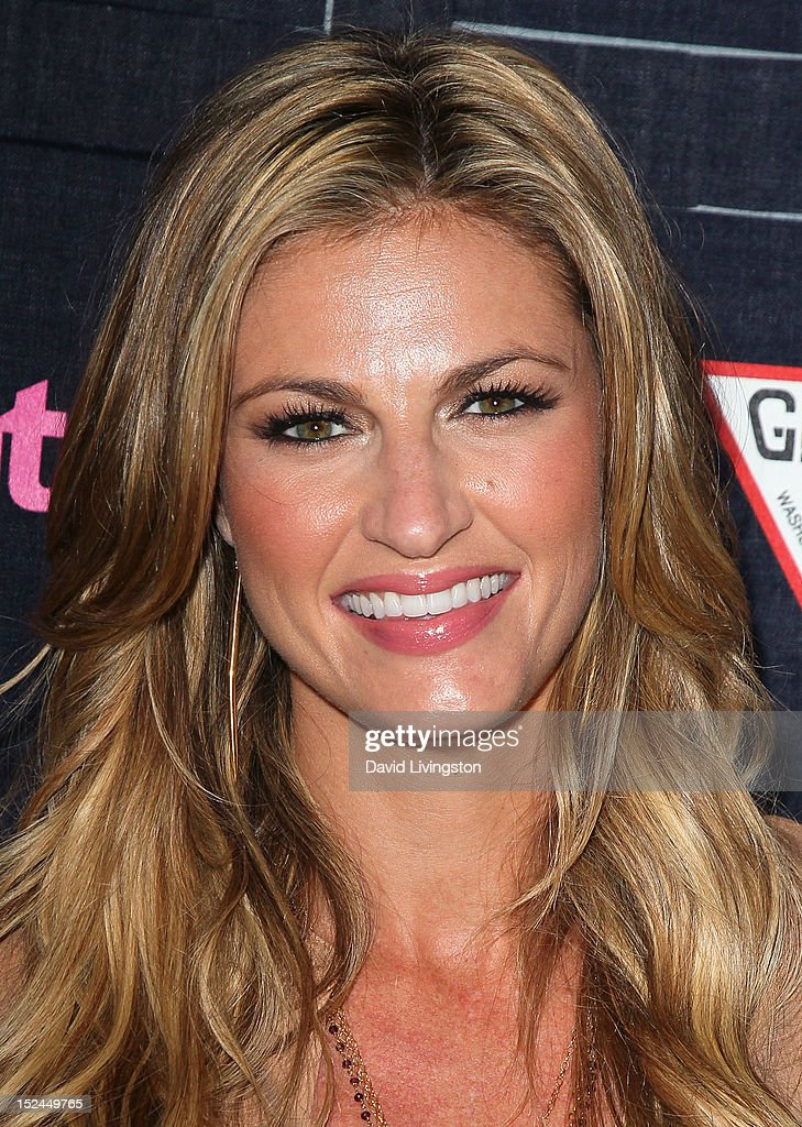 Sportscaster <a gi-track='captionPersonalityLinkClicked' href=/galleries/search?phrase=Erin+Andrews&family=editorial&specificpeople=834273 ng-click='$event.stopPropagation()'>Erin Andrews</a> attends the People StyleWatch Denim Party at Palihouse on September 20, 2012 in West Hollywood, California.