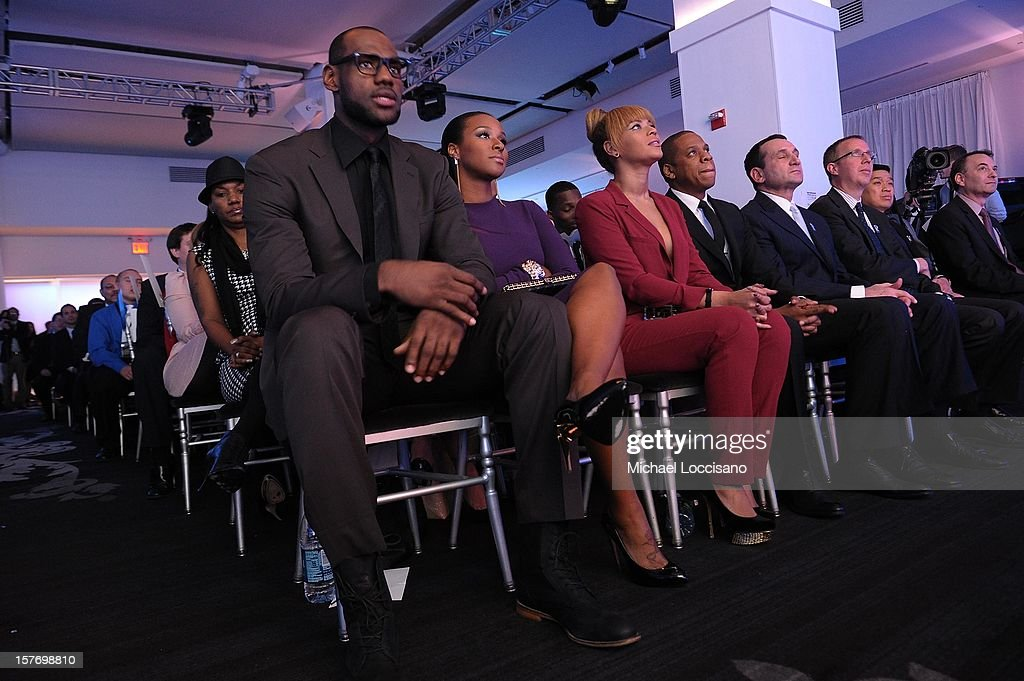 Sportsman of the Year LeBron James, Savannah Brinson, Beyonce, and Jay-Z attend the 2012 Sports Illustrated Sportsman of the Year award presentation at Espace on December 5, 2012 in New York City.