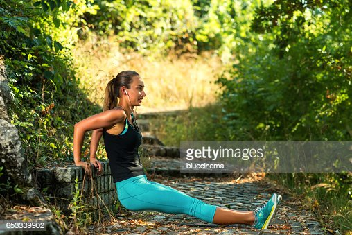 Sporty Woman exercising : Stockfoto