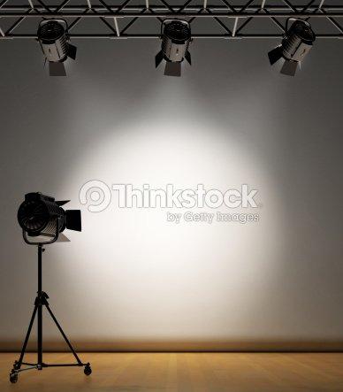 clairage studio mur photo thinkstock. Black Bedroom Furniture Sets. Home Design Ideas