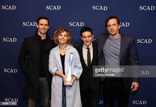 Spotlight Cast Award Recipients for 'Gotham' actors Cory Michael Smith Camren Bicondova Robin Lord Taylor and Nathan Darrow pose with their award...