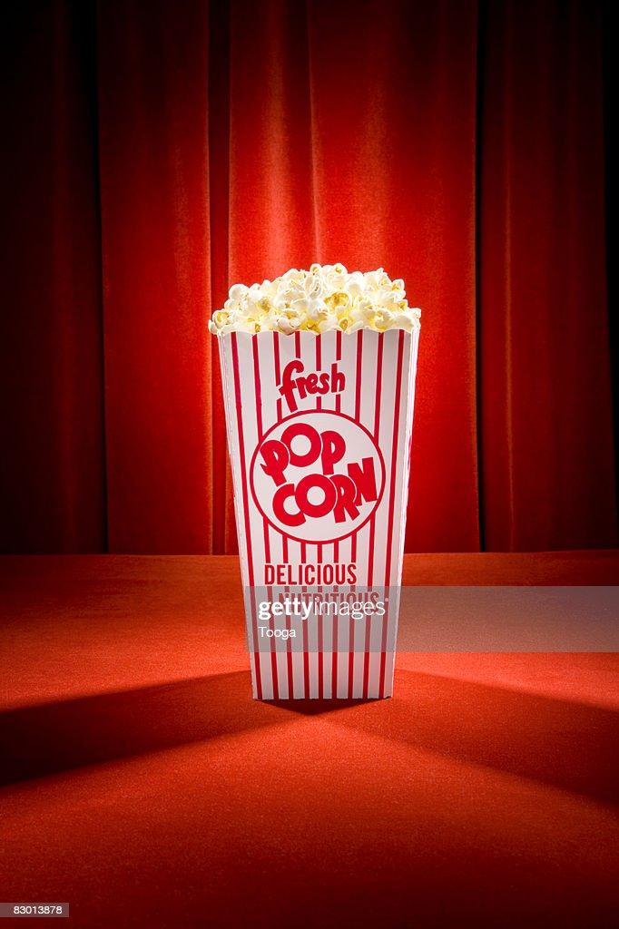 Spotlight popcorn container