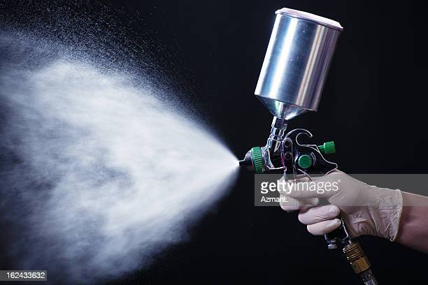 Spray gun in hand