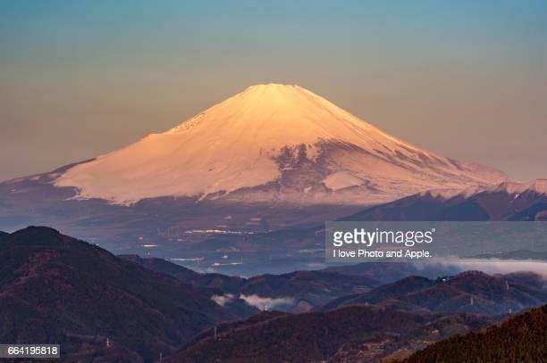 Spring morning Fuji