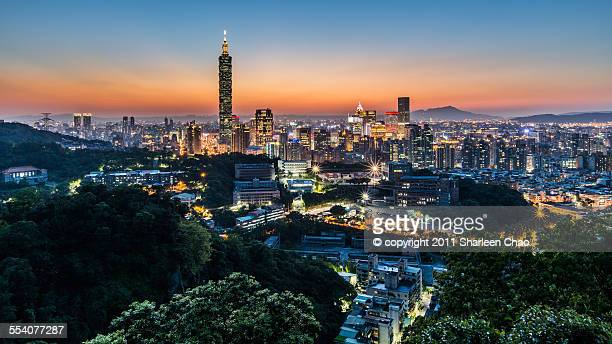 Spring Sunset at Taipei 101