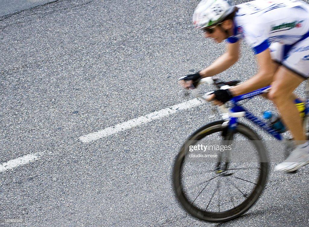 Sprint. Color Image