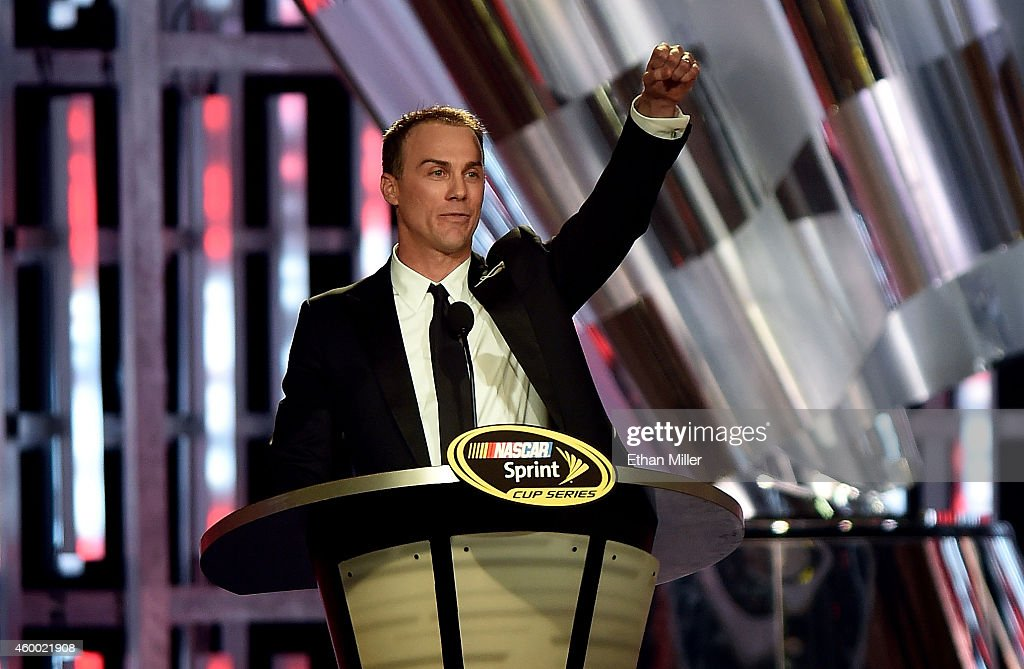 Sprint Cup Series Champion <a gi-track='captionPersonalityLinkClicked' href=/galleries/search?phrase=Kevin+Harvick&family=editorial&specificpeople=209186 ng-click='$event.stopPropagation()'>Kevin Harvick</a> makes his closing remarks during the 2014 NASCAR Sprint Cup Series Awards at Wynn Las Vegas on December 5, 2014 in Las Vegas, Nevada.
