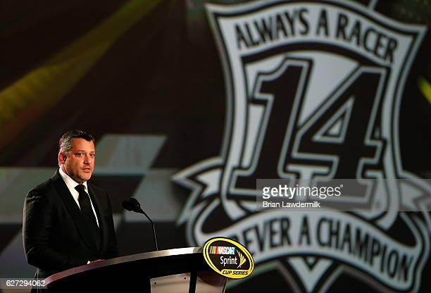 Sprint Cup Series driver Tony Stewart speaks during the 2016 NASCAR Sprint Cup Series Awards show at Wynn Las Vegas on December 2 2016 in Las Vegas...