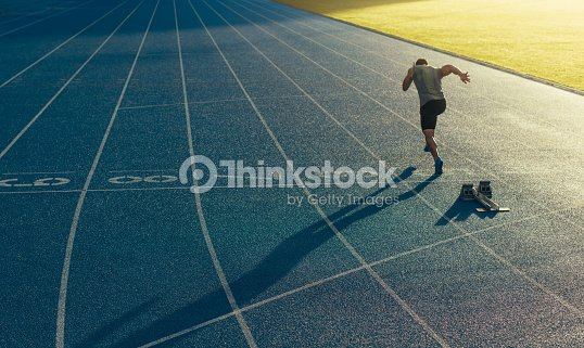 Sprinter running on track : Foto stock