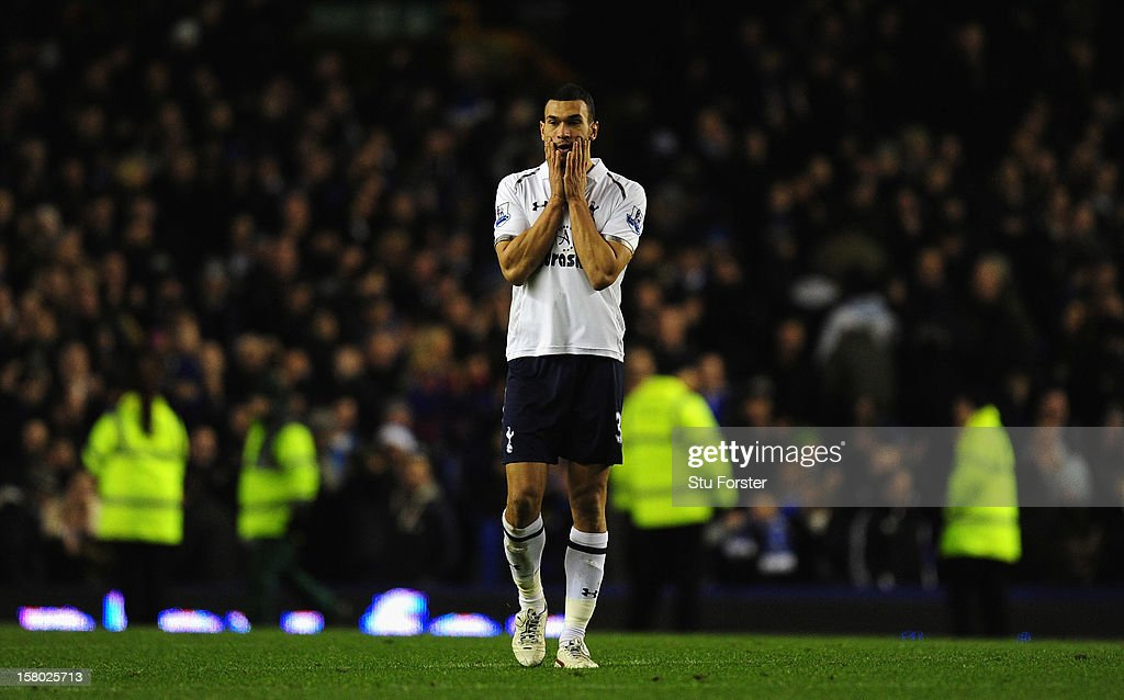 Spurs player <a gi-track='captionPersonalityLinkClicked' href=/galleries/search?phrase=Steven+Caulker+-+Soccer+Player&family=editorial&specificpeople=6527106 ng-click='$event.stopPropagation()'>Steven Caulker</a> looks on dejectedly after the Barclays Premier game between Everton and Tottenham Hotspur at Goodison Park on December 9, 2012 in Liverpool, England.