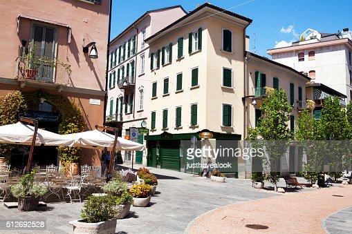 Square Giovine Italia
