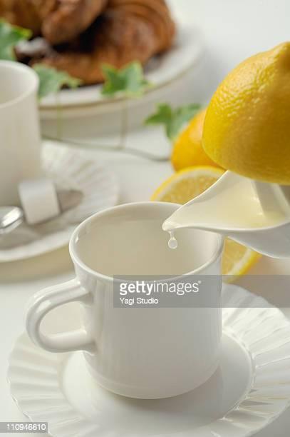 Squeezed lemon juice