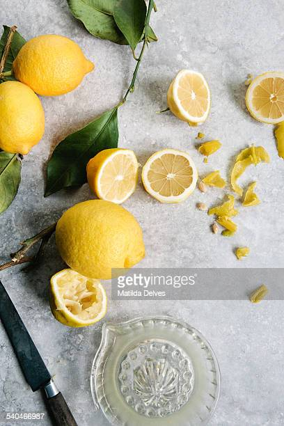 Squeezing and cutting lemons