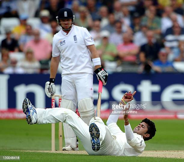 Sreesanth of India appeals for a caught and bowled against Ian Bell of Englandof England during the second npower Test match between England and...