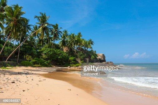 Sri Lanka, Galle, Beach at Duwemodara