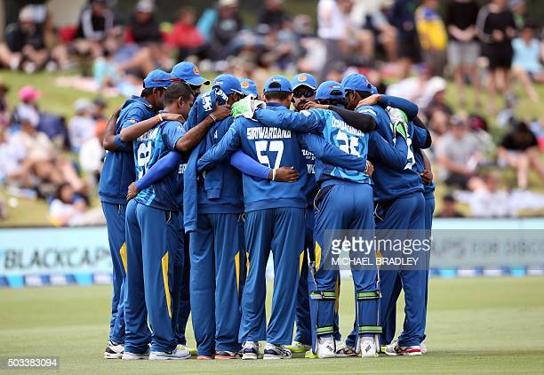 Sri Lanka have a team huddle prior to the start of the fifth one day international cricket match between New Zealand and Sri Lanka played at the Bay...