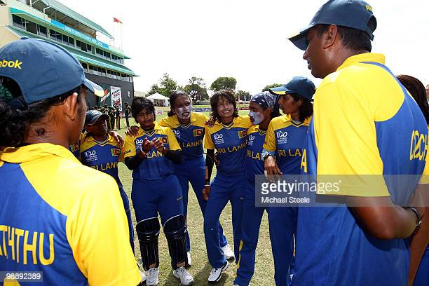Sri Lanka team coach Harsha De Silva addresses his team before the ICC T20 Women's World Cup Group B match between Sri Lanka and Pakistan at Warner...