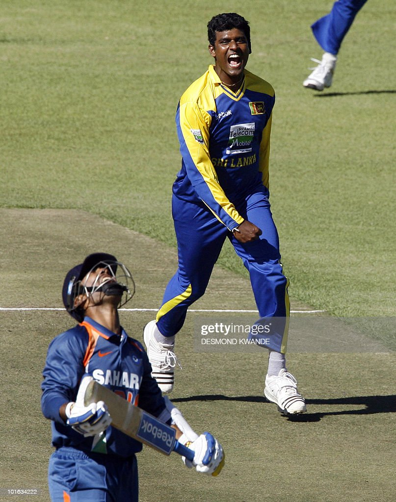 Sri Lankan bowler Thissara Perera celebrates after he took the wicket of Indian batsman Dinesh Karthik at Harare Sports Club on June 5, 2010 in the fifth match of the Micromax Cup Triangular One-Day cricket series hosted by Zimbabwe. AFP PHOTO / Desmond Kwande