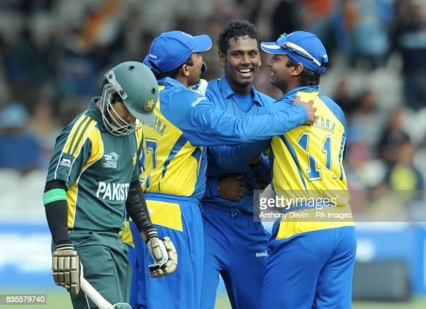 Sri Lanka's Angelo Mathews celebrates after bowling out Pakistan's Salman Butt during the ICC World Twenty20 Super Eights match at Lord's London