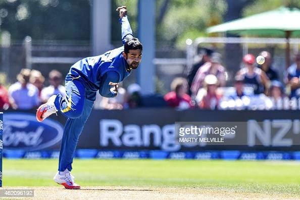 Sri Lanka's Lahiru Thirimanne bowls during the sixth oneday international cricket match between New Zealand and Sri Lanka at the University Oval in...