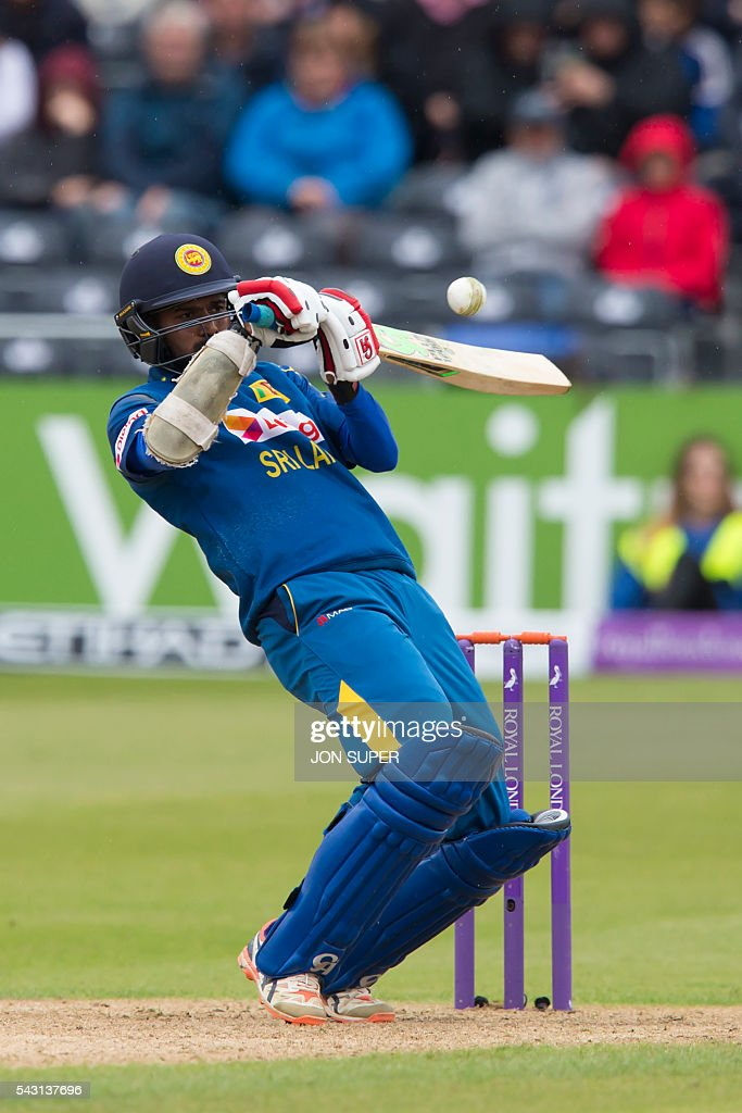 Sri Lanka's Upul Tharanga batting during play in the third one day international (ODI) cricket match between England and Sri Lanka at Bristol cricket ground in Bristol, south-west England, on June 26, 2016. England captain Eoin Morgan won the toss and elected to field against Sri Lanka in the third one-day international at Bristol on Sunday. / AFP / JON