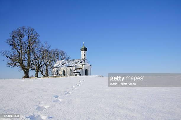 St. Andreas parish church near Etting in winter, Weilheim-Schongau district, Upper Bavaria, Germany, Europe