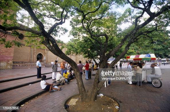 St Francis Square in Cali Colombia Santiago de Cali or Cali is a city in western Colombia and the capital of the Valle del Cauca Department With a...