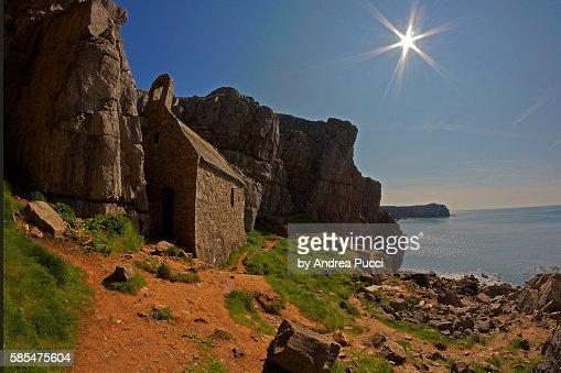 St Govan's Chapel, Pembrokeshire Coast National Park, Pembrokeshire, Wales, United Kingdom