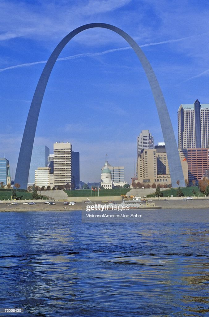 'St. Louis Arch from Mississippi River, St. Louis, MO'