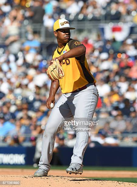 St Louis Cardinals prospect Alex Reyes of the World Team pitches during the SiriusXM AllStar Futures Game at PETCO Park on July 10 2016 in San Diego...