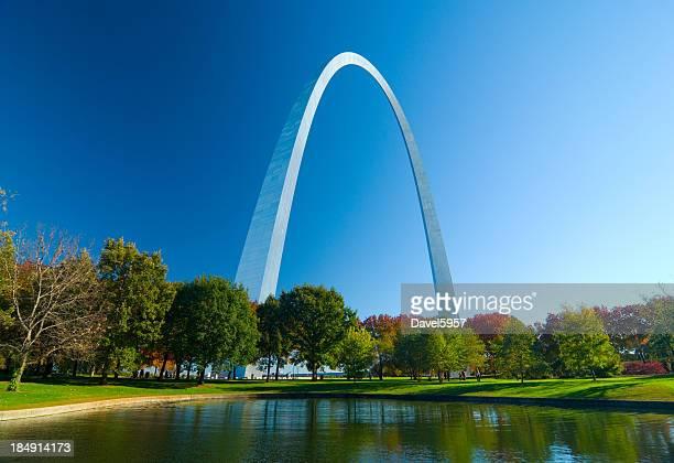 St. Louis Arco Gateway e Lago