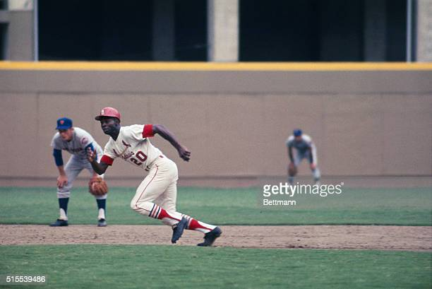 St Louis Cardinals Lou Brock caught in a rundown after taking a big lead off 2nd base and New York Mets pitcher Dick Selma picked him off Brock is...