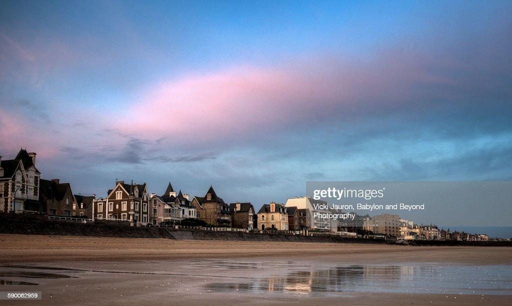 St Malo sunrise panorama with pink cloud