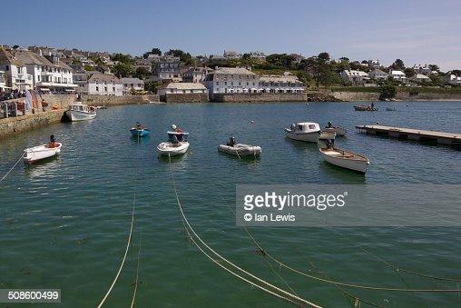St. Mawes Harbour : Foto de stock