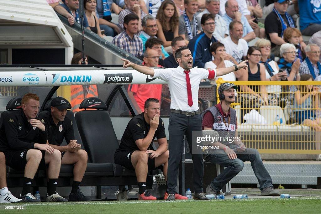 st1 Yannick Ferrera head coach of Standard Liege during the Jupiler Pro League match between Club Brugge and Standard de Liege at the Jan Breyden...