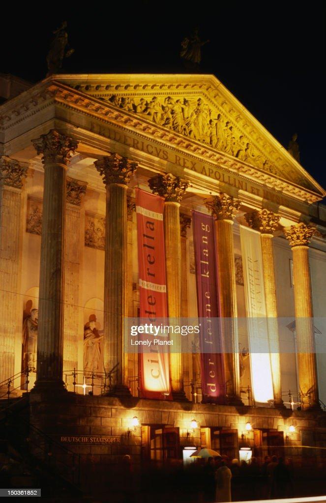 Staatsoper (National Opera) at night, Unter den Linden, Mitte. : Stock Photo