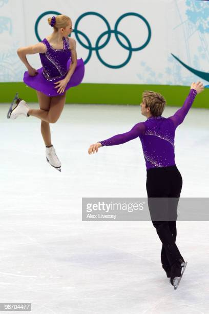 Stacey Kemp and David King of Great Britain compete in the figure skating pairs short program on day 3 of the Vancouver 2010 Winter Olympics at...