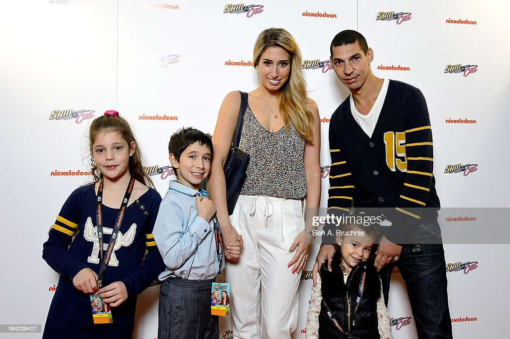 Stacey Solomon attends the UK Premiere of Sam & Cat at Cineworld 02 Arena on October 12, 2013 in London, England.