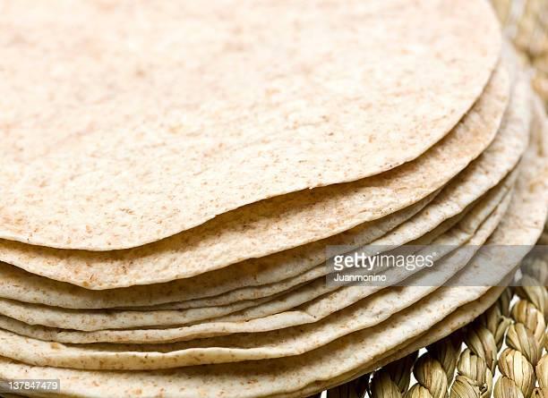 スタックの全粒小麦のトルティーヤ