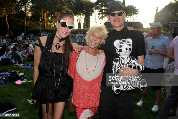 Stacy Engman Lisa de Kooning and Andrey Bartenev attend The WATERMILL CONCERT 2010 'Last Song Of Summer' at The Watermill Center on August 28 2010 in...