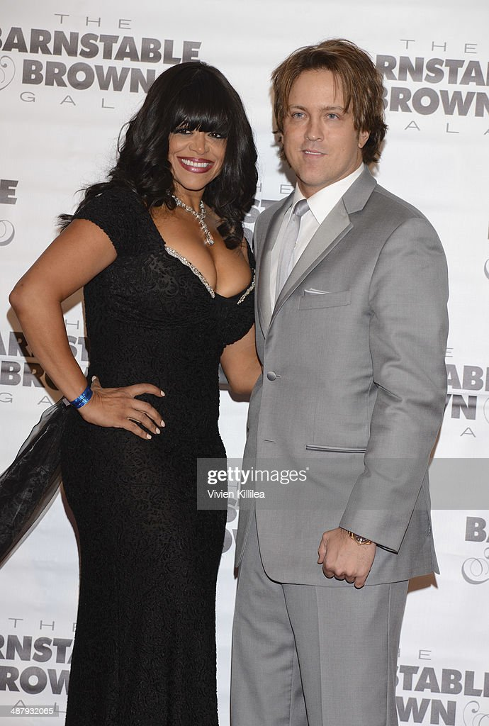 Stacy Francis and <a gi-track='captionPersonalityLinkClicked' href=/galleries/search?phrase=Larry+Birkhead&family=editorial&specificpeople=4145280 ng-click='$event.stopPropagation()'>Larry Birkhead</a> attend the Barnstable Brown Kentucky Derby Eve Gala at Barnstable Brown House on May 2, 2014 in Louisville, Kentucky.